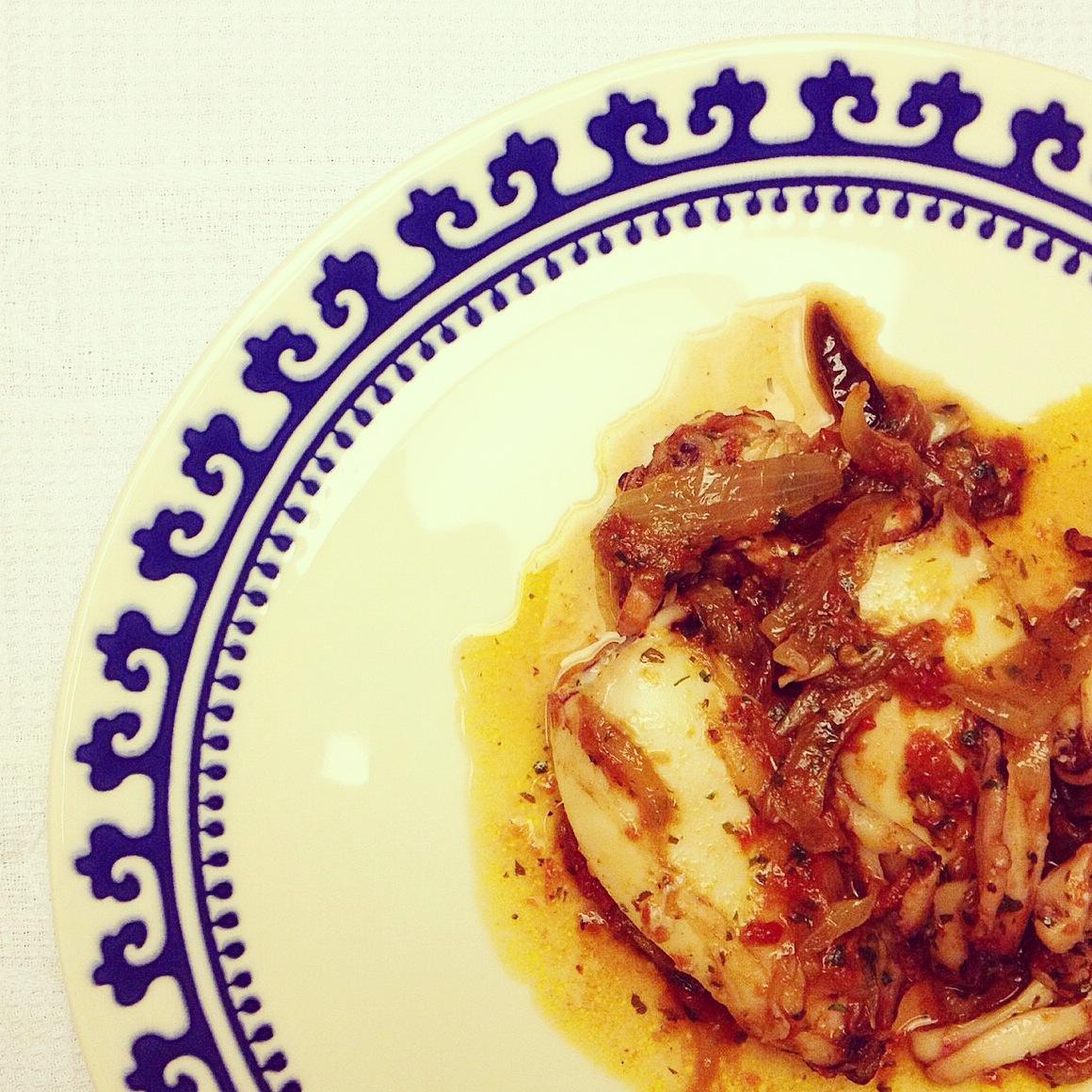 recepta-calamars-amb-sofregit-de-ceba-i-tomàquet