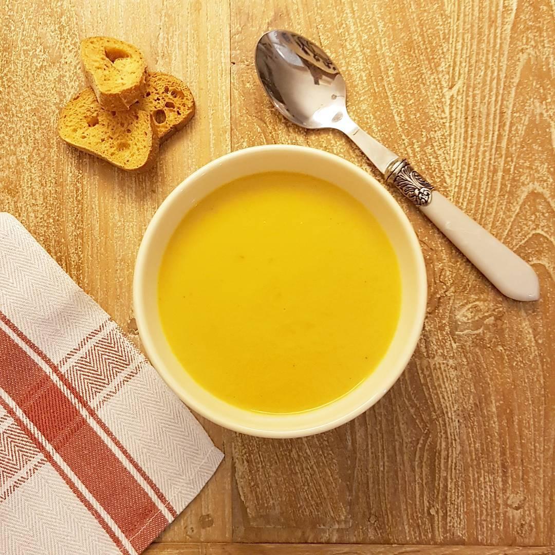 receta-crema-de-puerro-y-zanahoria