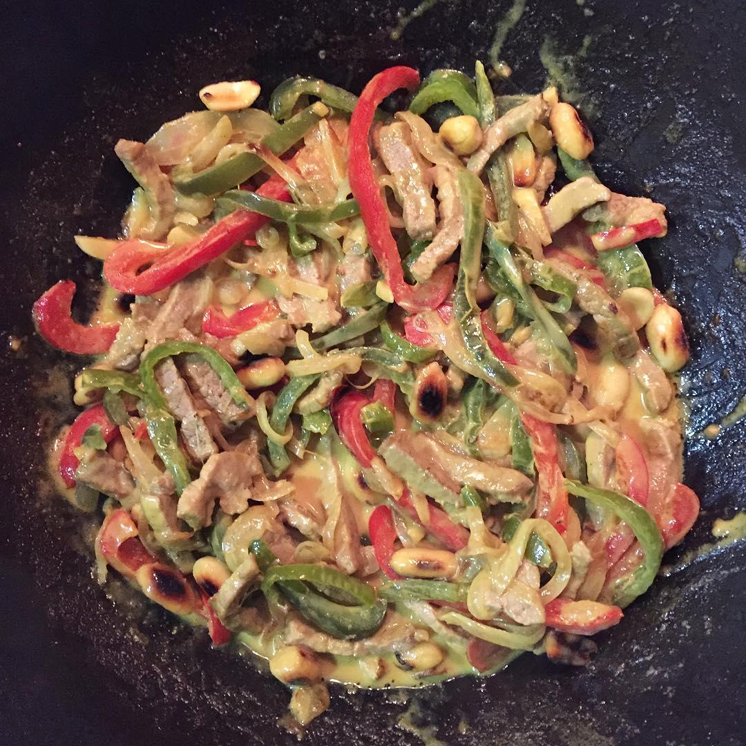 recepta-wok-de-vedella-al-curri-amb-verdures