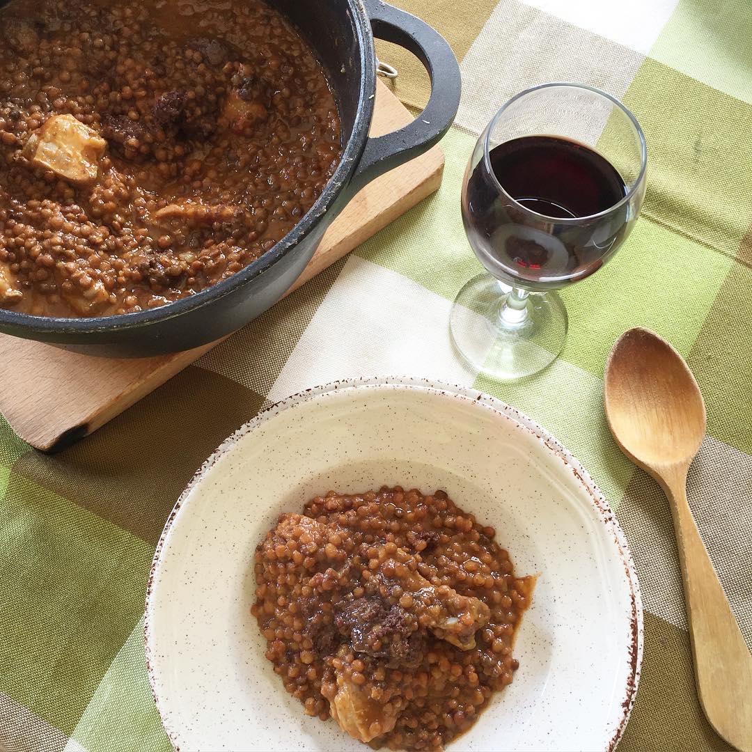 Lentejas guisadas receta buen sima factor gastron mico - Lentejas con costillas y patatas ...