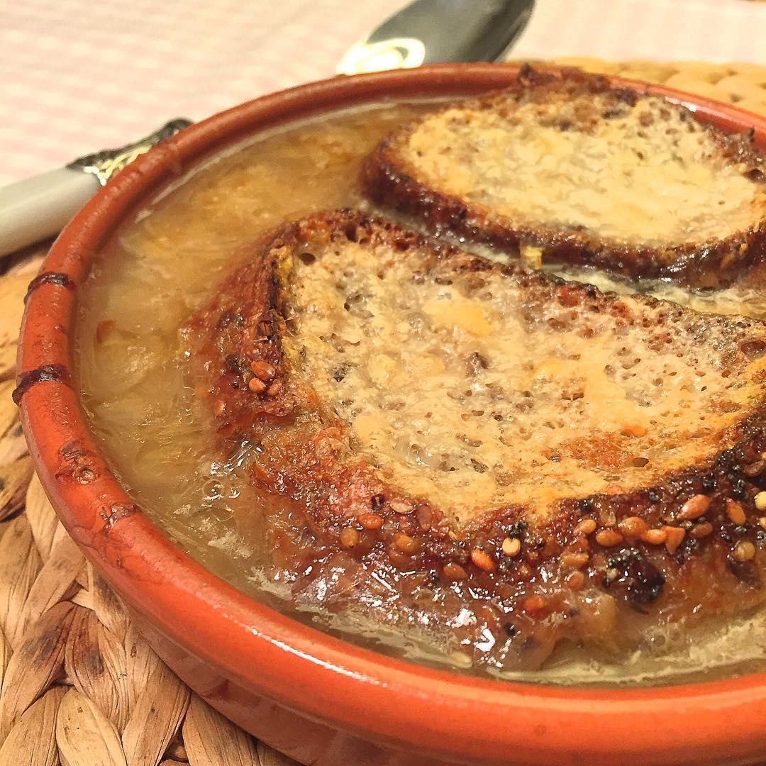 receta-sopa-de-cebolla