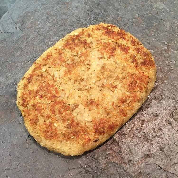 recepta-hamburguesa-vegetal-de-llenties-i-quinoa